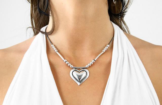 collier fantaisie coeur